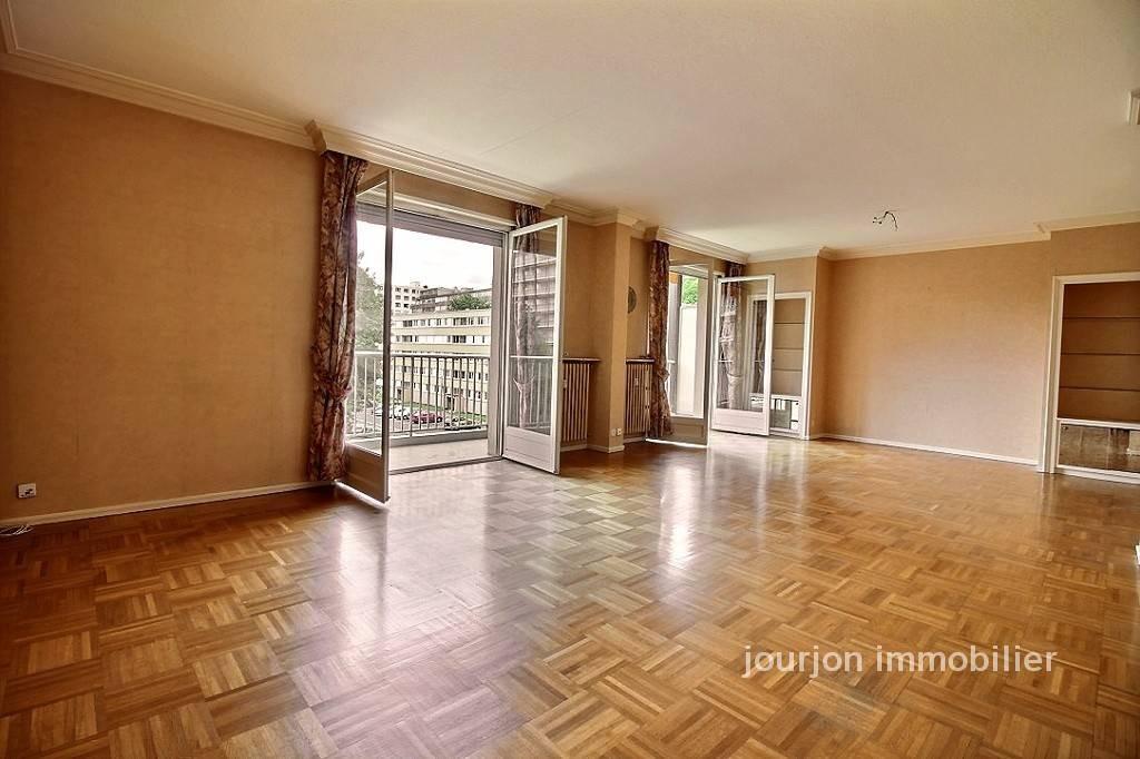 Saint tienne vente appartement 6 pi ces 160m2 250 for Location appartement atypique saint etienne
