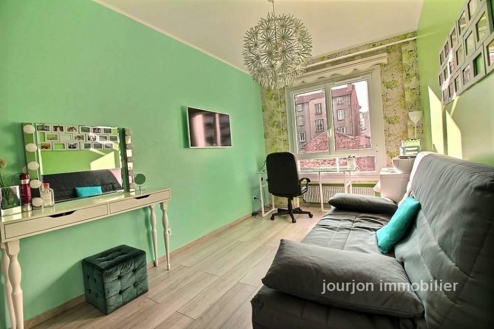 Saint tienne vente appartement 6 pi ces 125m2 249 for Location appartement atypique saint etienne