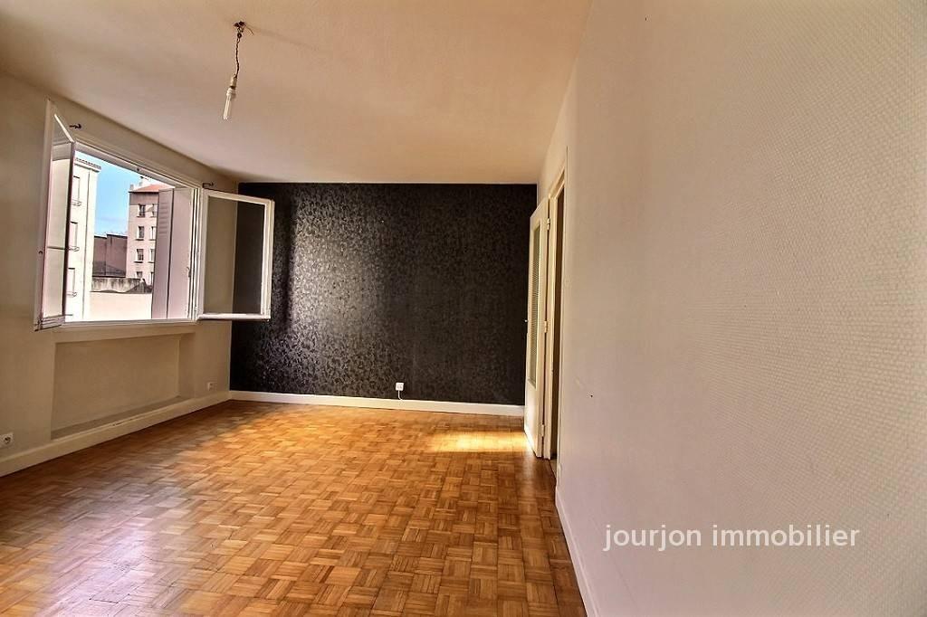 Saint tienne vente appartement 3 pi ces 58m2 48 000 for Location appartement atypique saint etienne